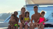 El veraniego posado familiar de Cristiano Ronaldo y Georgina Rodríguez