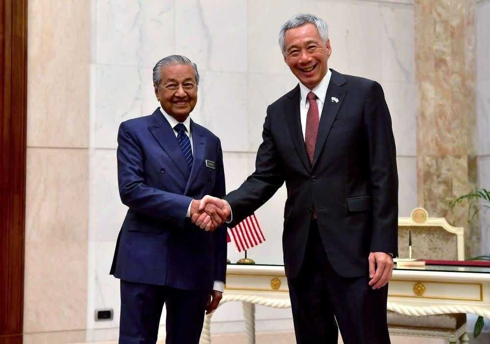 'Keep it up': Malaysian, Singaporean PMs laud agencies probing 1MDB