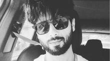 #MancrushMonday: Shahid Kapoor And His Fabulous Selfie Game