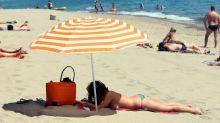 """Seins nus à la plage : Gérald Darmanin défend """"une liberté"""", la gendarmerie reconnait """"une maladresse"""""""
