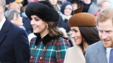 與皇室成員共渡的首個聖誕!凱特皇妃與 Meghan Markle 誰的打扮較好看?