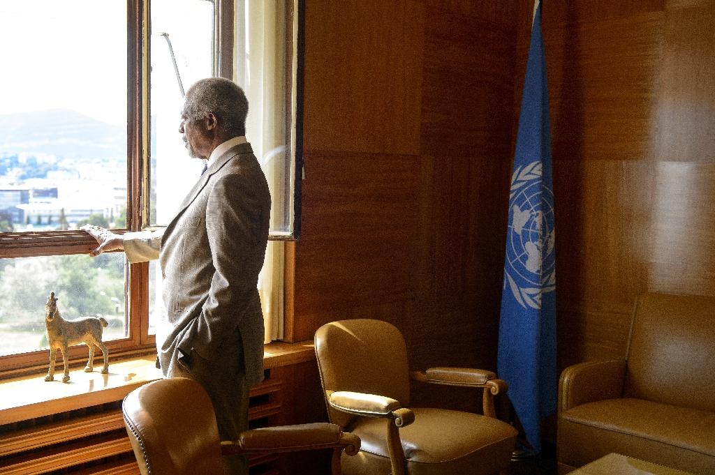 This 2012 file photo shows Kofi Annan as UN-Arab League envoy in his office at the United Nations Offices in Geneva
