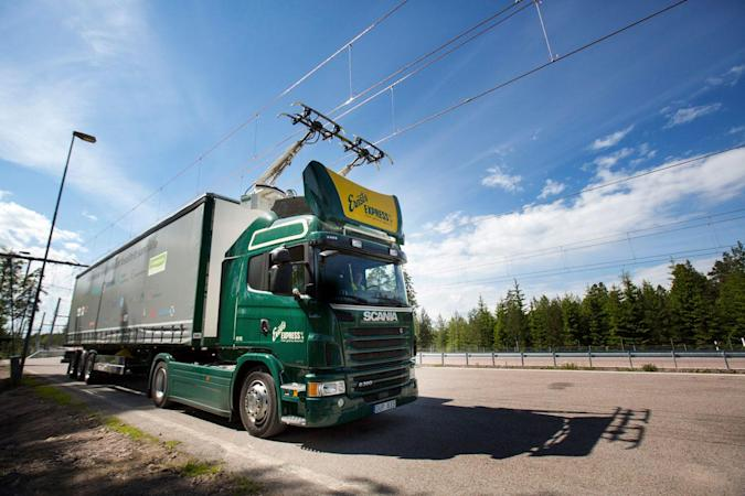 Suecia abre la primera carretera eléctrica del mundo