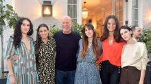 Bruce Willis and Demi Moore self-isolate together with their children 20 years after divorce