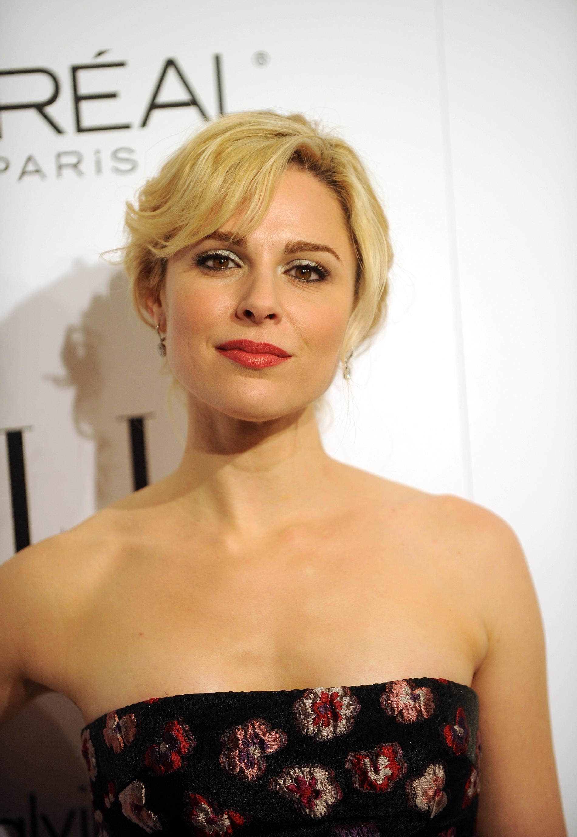Mad Men Actress Cara Buono Joins Person Of Interest