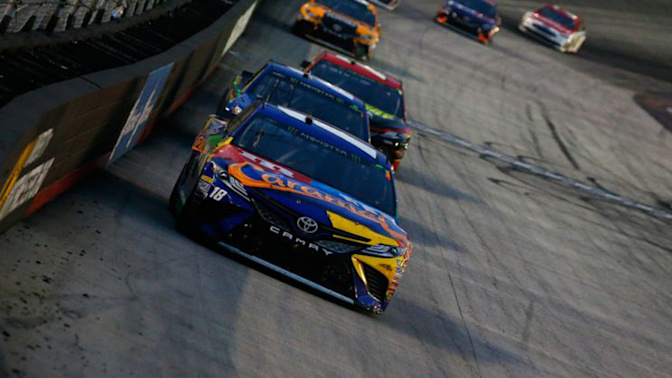 Kyle Busch completes 3-race sweep at Bristol