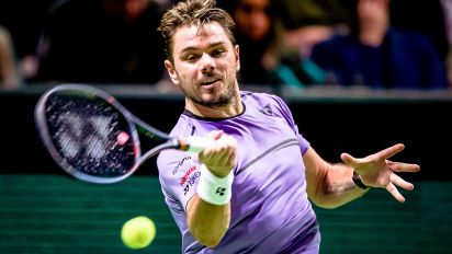 Wawrinka snaps long drought with superb win