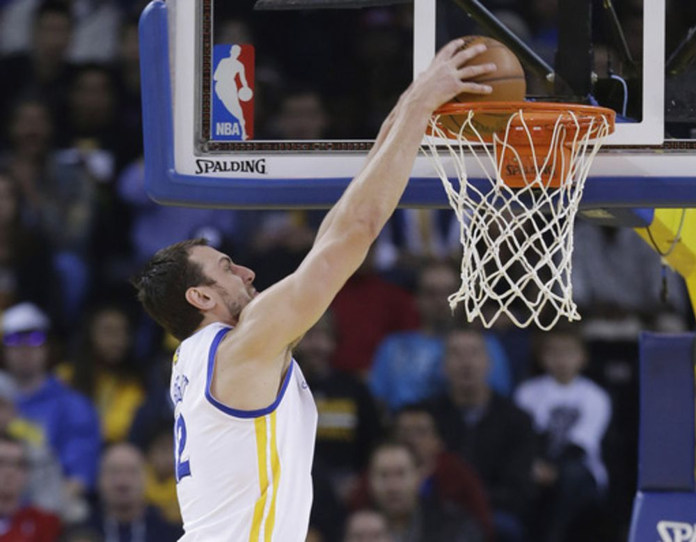 Healthy again, Bogut showing up big for Warriors