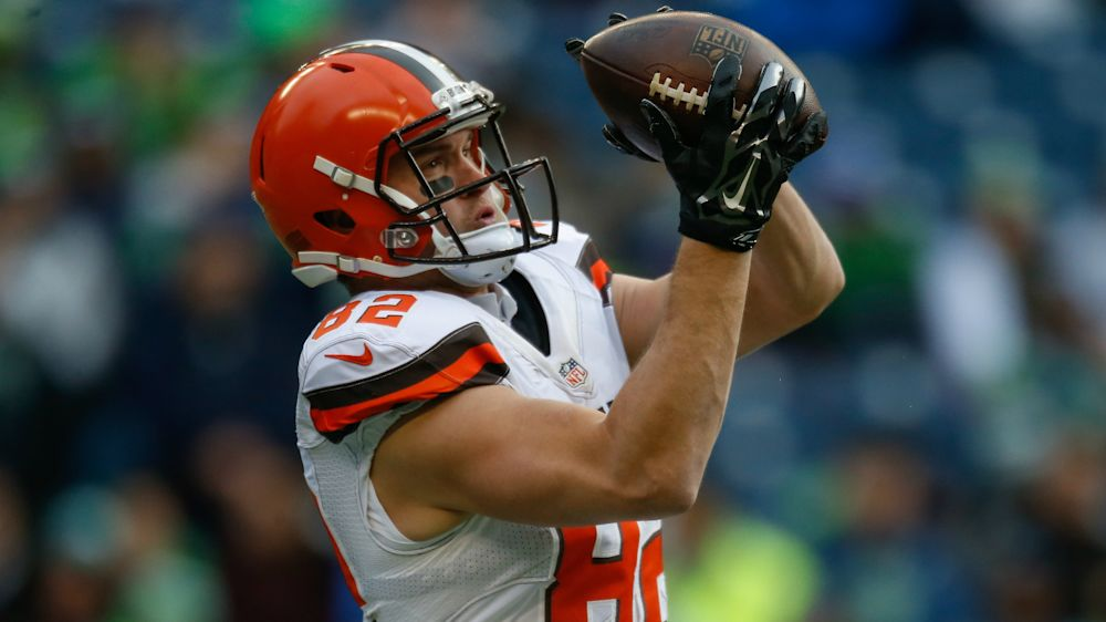 Browns cut Gary Barnidge after he welcomed NFL Draft selection David Njoku
