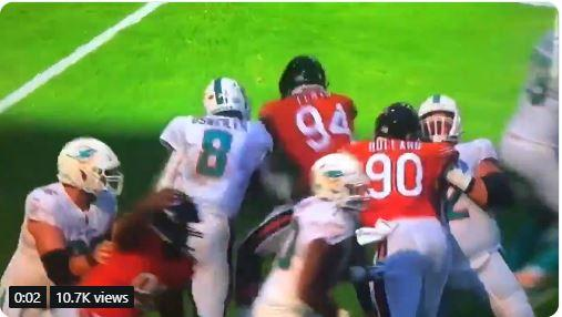 You be the judge: Did Leonard Floyd get screwed-over by this roughing the passer penalty?