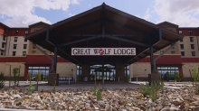 Commissioners look to build Great Wolf Lodge Resort in Collier County