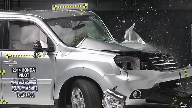 Chevy, GMC and Toyota earn top ratings in crash test