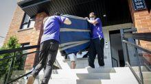 Coronavirus complicates Quebec moving season
