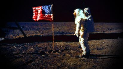 Should we go back to the moon?