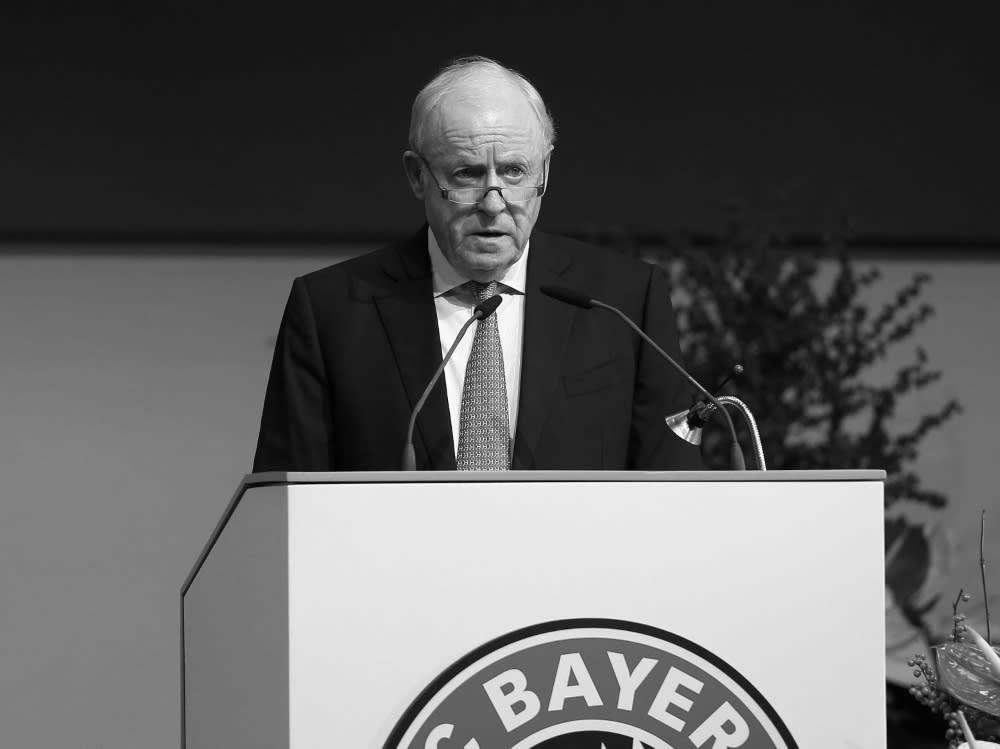 Bayern Mit Trauerflor