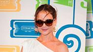 WOWtv - Katie Holmes Looks All White in an Unflattering Dress