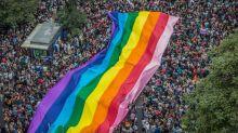 Casamentos, feira cultural e Mel C: conheça a programação da Parada LGBT