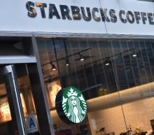 US police chief apologizes after Starbucks arrests uproar