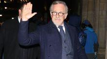 """Spielberg clarifie sa position à propos de Netflix : """"Je veux la survie des salles de cinéma"""""""