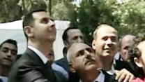 Raw: Assad Makes Appearance, Unveils Statue
