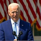 Biden announces actions to tackle gun 'epidemic'