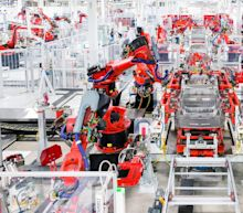 Production and Productivity Are the Biggest Issues for Tesla in 2017