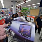 Walmart's Black Friday Deals Feature Super Low Prices on TVs, iPads, Instant Pots, and More