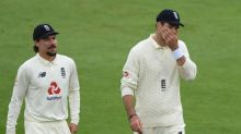 James Anderson's wait for 600th Test wicket goes on as Pakistan and weather frustrate England