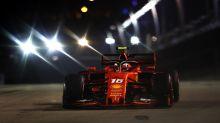 Charles Leclerc signe la pole position à Singapour