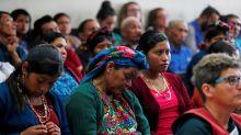 Piden procesar a tres exjefes militares de Guatemala por genocidio maya ixil