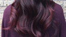 """""""Red Red Wine"""": Der Haartrend für den Herbst heißt Burgundy Hair!"""