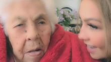 Thalía viajó hasta México y le festejó así el cumpleaños 101 a su abuelita
