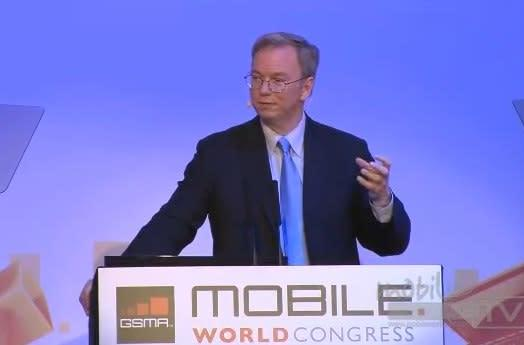 Eric Schmidt yaks it up at MWC, talks about the future like it's 1955