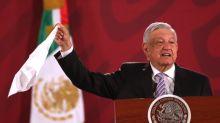 """Presidente mexicano pide evitar """"linchamiento"""" contra embajador en Argentina"""