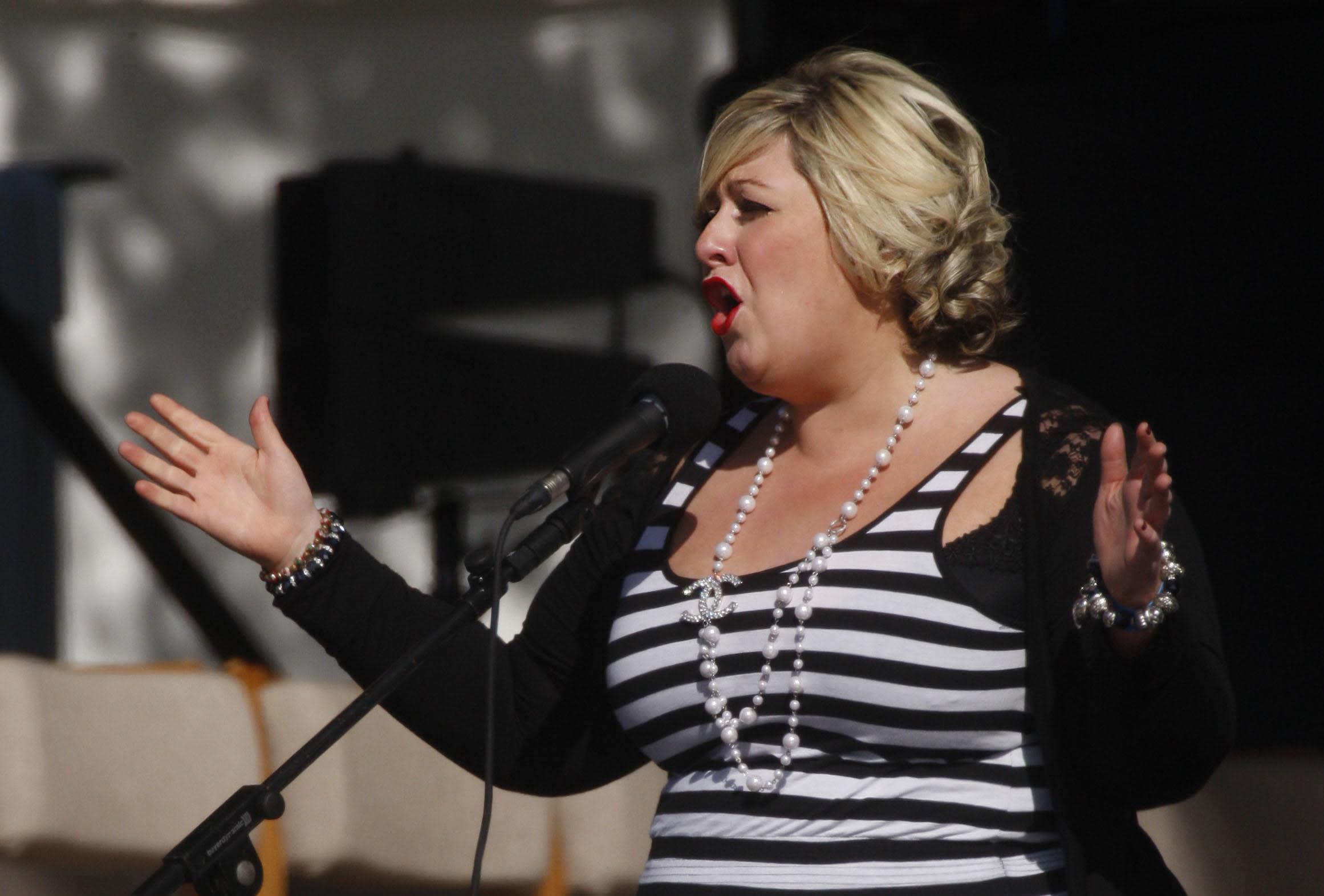 'Pop Idol' winner Michelle McManus announces pregnancy