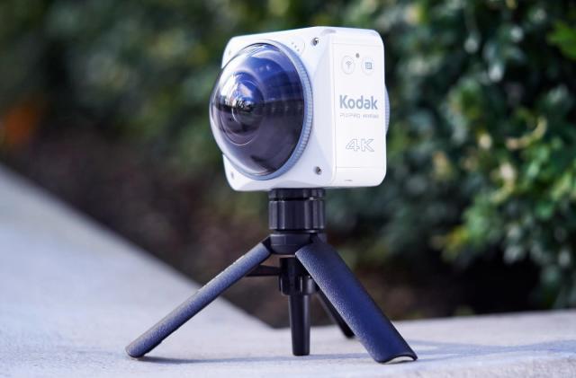 Kodak's latest 4K action camera captures VR-ready video by itself