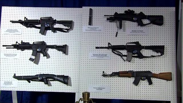 Illinois municipalities rush to outlaw, regulate, assault weapons