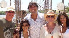 """Boninho resgata foto com Simone e Simaria e sugere volta do """"No Limite"""""""