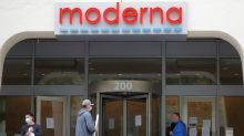 Moderna completes enrollment in large COVID-19 vaccine study