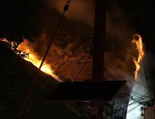 Firefighter hurt battling Camden County blaze