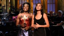 Gal Gadot and Leslie Jones Have a 'Wonder Woman' Showdown in Hilarious 'SNL' Monologue -- Watch!