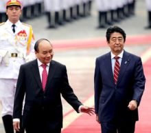 Japan pledges boats to Vietnam as China dispute simmers