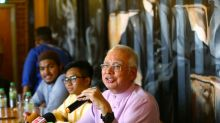 In tame dialogue with Najib, no students ask about 1MDB