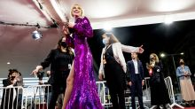 Ingrid García-Jonsson arriesga en la alfombra roja del Festival de San Sebastián 2020