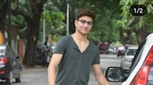 Nope! That isn't Saif; that's Sara's younger, Taimur's elder, Ibrahim Ali Khan Pataudi