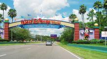 Disney schließt seine Themenparks – doch diese Familie spielt den Ausflug einfach nach