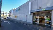 Fifty Woolworths staff told to isolate after worker tests positive
