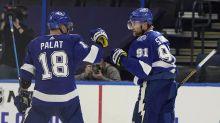 Stamkos, Palat lift Lightning over Blackhawks again