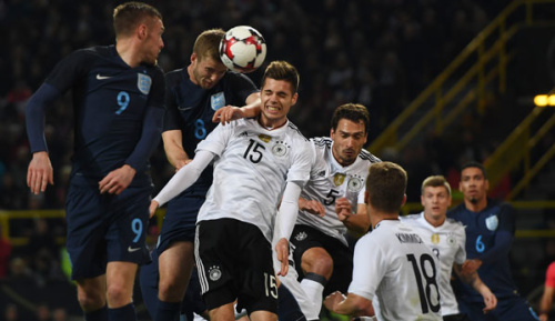 """DFB-Team: Weigl angeschlagen: """"Tut extrem weh"""""""