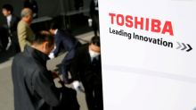 Support for Toshiba CEO tumbles in shareholder vote
